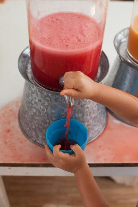 Sucos naturais e da fruta feitos na hora